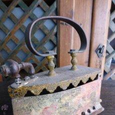 Antigüedades: ANTIGUA PLANCHA DE CARBÓN TODA PINTADA POR EL ARTISTA SALMANTINO RODRIGUEZ VALLE-PRINCIPIOS DEL S.XX. Lote 44222614