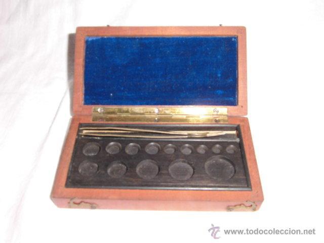 Antigüedades: ANTIGUA CAJA PARA PESAS LEER DESCRIPCION - Foto 2 - 44292086