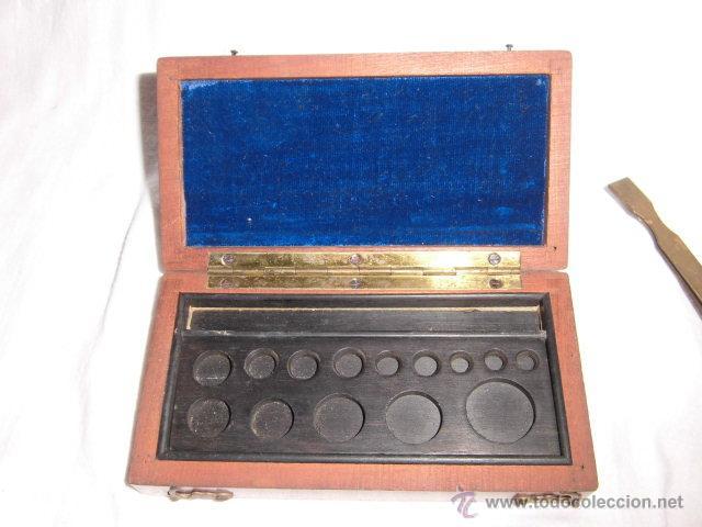 Antigüedades: ANTIGUA CAJA PARA PESAS LEER DESCRIPCION - Foto 3 - 44292086