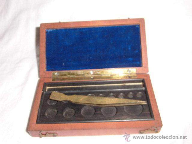 Antigüedades: ANTIGUA CAJA PARA PESAS LEER DESCRIPCION - Foto 5 - 44292086