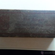 Antigüedades: ANTIGUA CAJA DE CARTON DE LA CASA SINGER - THE SINGER MANUFACTURIN CO. . Lote 44301711