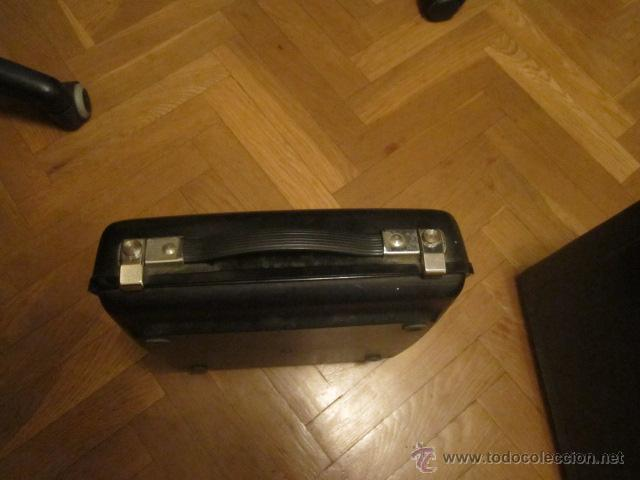 Antigüedades: Maquina de escribir portatil Remington Envoy ochentera con caja original - funcionando - Foto 4 - 44345996