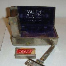 Antigüedades: MAQUINILLA DE AFEITAR VALET - AUTOSTROP. CAJA METALICA. COMPLETA.. Lote 44382958