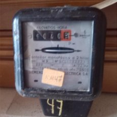 Antigüedades: ANTIGUO CONTADOR SIEMENS ELECTRICO, REVISION EN 1969. Lote 44469016