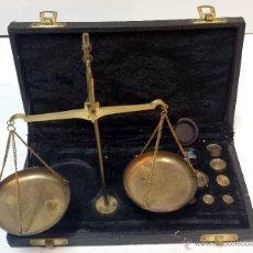 Antigüedades: BALANZA DE JOYERO CON SUS PESAS Y SU CAJA. VER DESCRIPCION.. Lote 44666173
