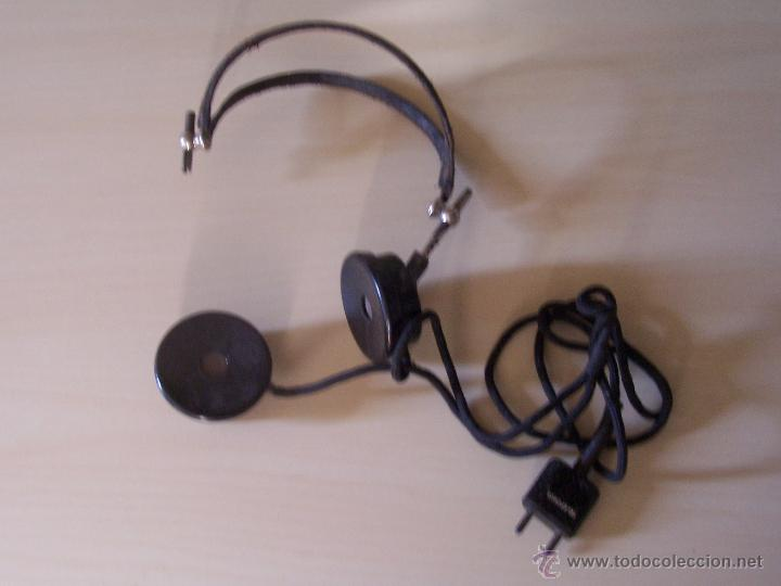 Teléfonos: Antiguos auriculares de teléfono o centralita, con enchufe y micro. - Foto 3 - 44729253