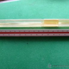 Antigüedades: REGLA DE ESCALA TRIANGULAR DE PLASTICO, CON FUNDA. Lote 45106818