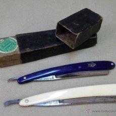 Antigüedades: ORIGINAL JUEGO DE NAVAJAS DE AFEITAR, EN ESTUCHE DOBLE, FILARMONICA Y H. BOKER & CO, DE RECORTE. Lote 45215186