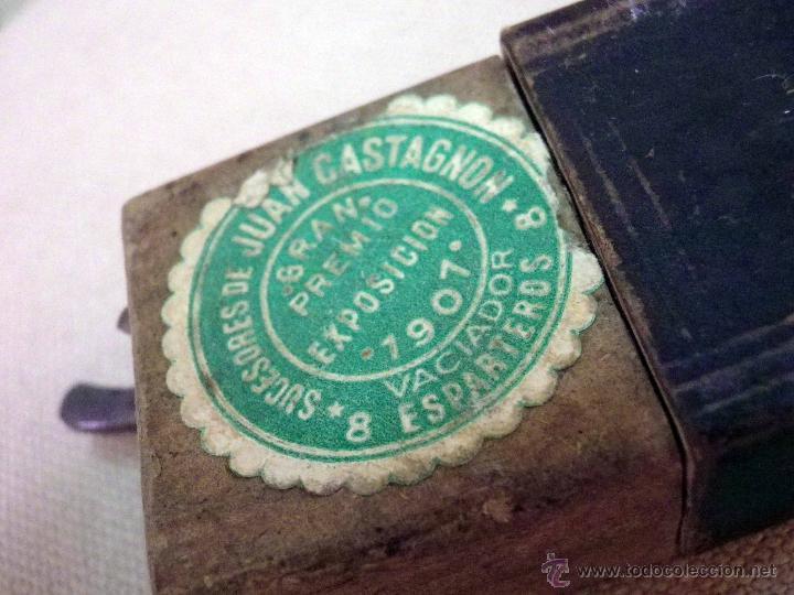 Antigüedades: ORIGINAL JUEGO DE NAVAJAS DE AFEITAR, EN ESTUCHE DOBLE, FILARMONICA Y H. BOKER & CO, DE RECORTE - Foto 48 - 45215186