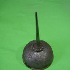 Antigüedades: ACEITERA REFRAY PARA MAQUINA DE COSER. Lote 45318224
