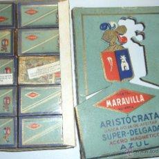 Antigüedades: PRECIOSA CAJA COMPLETA CON 10 CAJETILLAS HOJAS AFEITAR . HOJA . PRECINTADAS . ARISTOCRATA MARAVILLA. Lote 45357752