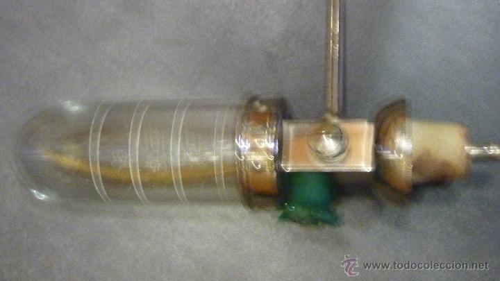Antigüedades: Antiguo dosificador dispensador de líquidos. perfumeria marca NIPU . probeta graduada - Foto 4 - 45359418