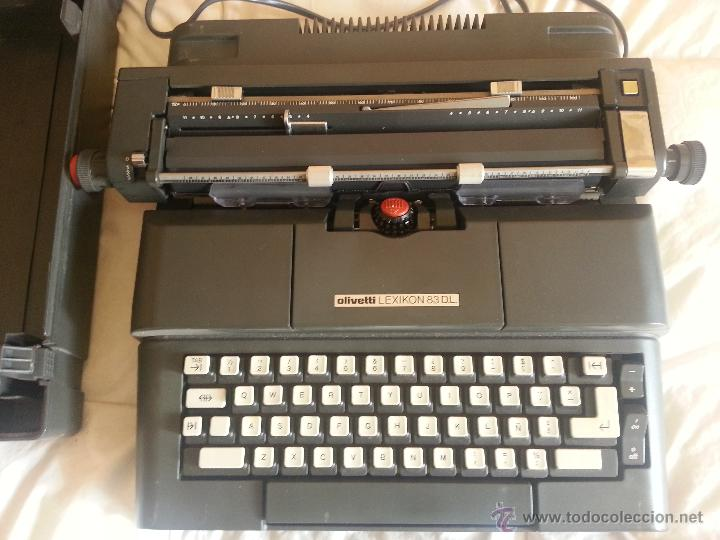 MAQUINA DE ESCRIBIR ELECTRONICA OLIVETTI LEXIKON 83DL CON SU FUNDA (Antigüedades - Técnicas - Máquinas de Escribir Antiguas - Olivetti)