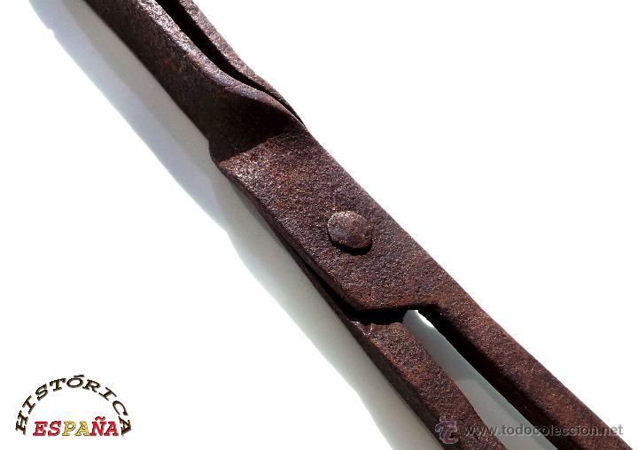 Antigüedades: Pinzas tenazas para lumbre o chimenea de forja medidas40 cm. de largo - Foto 7 - 45572607