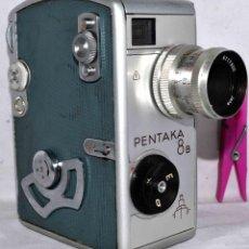 Antigüedades: CAMARA DE CINE A CUERDA 8 MM..PENTACON PENTAKA 8 B..ALEMANIA 1960..BUEN ESTADO.FUNCIONA. Lote 45599246
