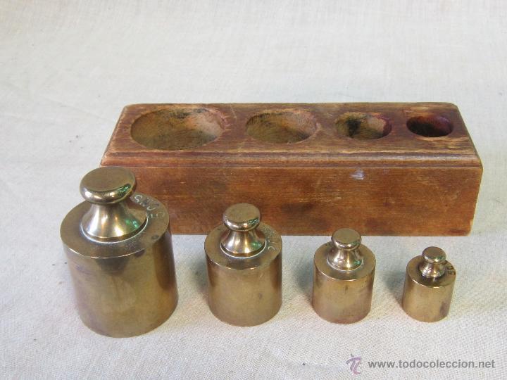 Antigüedades: JUEGO DE 4 PESAS EN BRONCE CON CAJA DE MADERA - Foto 4 - 46353480