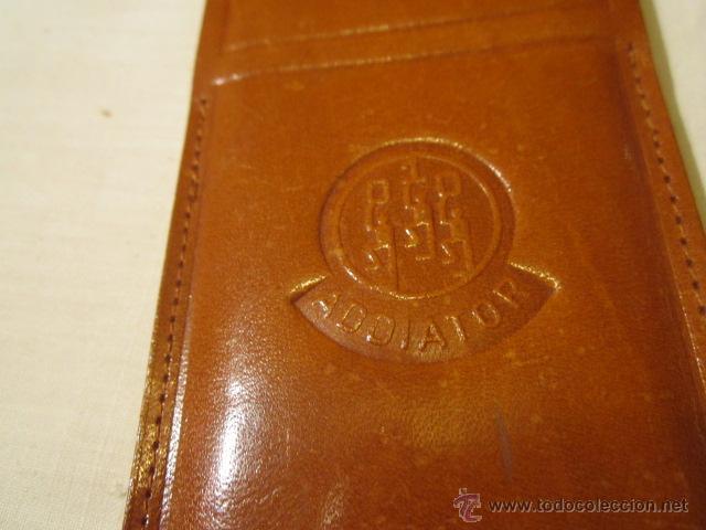Antigüedades: Regla Honeywell, con equivalencias de medidas. Funda de cuero. 14,5 x 4 cms. - Foto 6 - 45695124