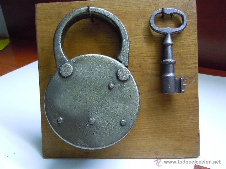 Antigüedades: CANDADO MUY DECORATIVO - Foto 2 - 45853706