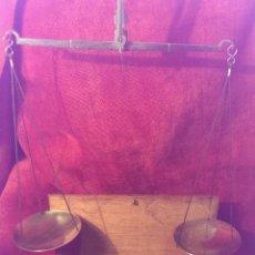 Antigüedades: BALANZA DE PRECISION FINALES DEL XIX PRINCIPIOS XX, MUY BUEN ESTADO, FUNCIONAL. Lote 45949756
