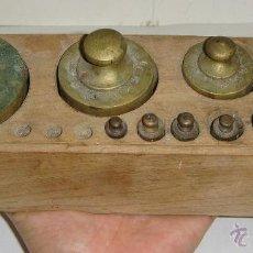 Antigüedades: ANTIGUO JUEGO DE PESAS. VALENCIA. CON 10 PESAS.. Lote 45968065