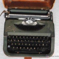 Antigüedades: MAQUINA DE ESCRIBIR PRINCESS TURNYT IKA 1759 COLOR VERDE 1948 FUNCIONA. Lote 45994002