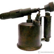 Antigüedades: ANTIGUO Y PEQUEÑO SOPLETE O AUTOGENO EN LATON Y MANGO DE HIERRO DE LA MARCA C.I.M.S.A.. Lote 46004128
