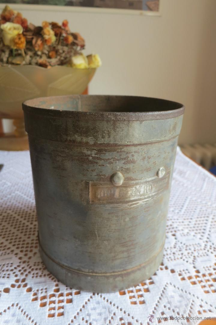 Antigüedades: medida para liquidos de doble litro - Foto 2 - 46106491