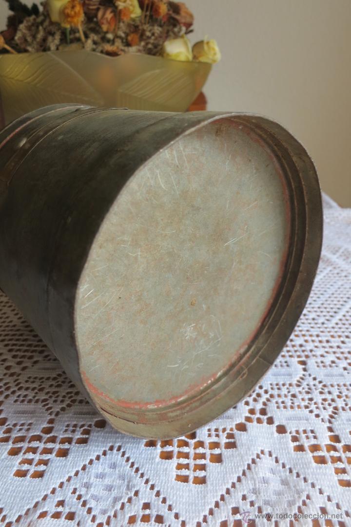 Antigüedades: medida para liquidos de doble litro - Foto 4 - 46106491