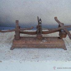 Antigüedades: BALANZA PEQUEÑA DE ESPECIES 1KILO. Lote 46118141
