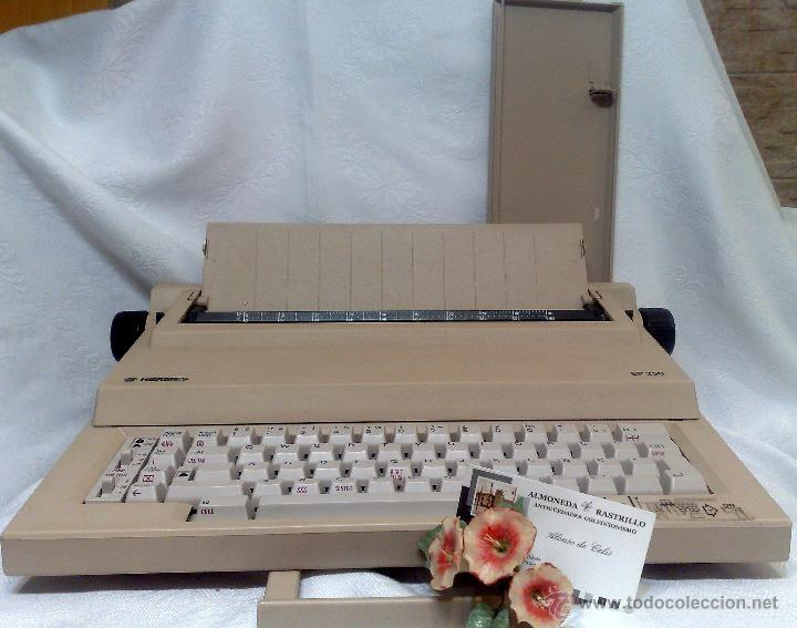HERMES EP 250, ANTIGUA MAQUINA DE ESCRIBIR ELÉCTRICA. (Antigüedades - Técnicas - Máquinas de Escribir Antiguas - Hermes)
