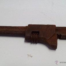 Antigüedades: ANTIGUA LLAVE INGLESA AJUSTABLE. Lote 46157026