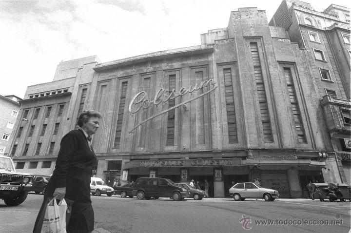 Antigüedades: BOBINA DE METAL - PROYECTOR CINEMATOGRÁFICO - 90 CM - CINE - TAMBOR - PELÍCULA - AÑOS 50-60 - Foto 8 - 46164420