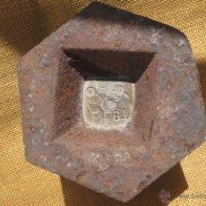 Antigüedades: PESA DE 5 KILOS ESPAÑA 1915. Lote 46234574