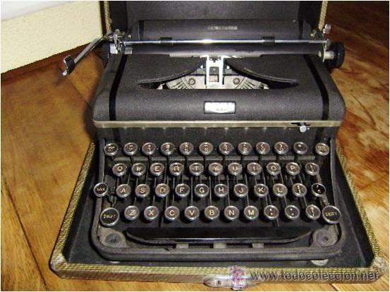 MAQUINA DE ESCRIBIR MARCA ROYAL (Antigüedades - Técnicas - Máquinas de Escribir Antiguas - Royal)