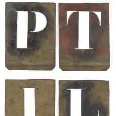 Antiquitäten - LOTE CUATRO PLANTILLAS CON DIFERENTES LETRAS DEL ABECEDARIO, FABRICADAS EN LATON, INICIOS SIGLO XX. - 46514149