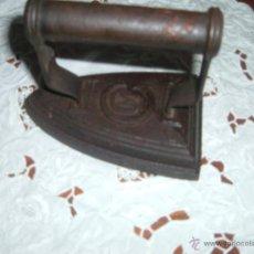 Antigüedades: PLANCHA DE HIERRO. Lote 46526724