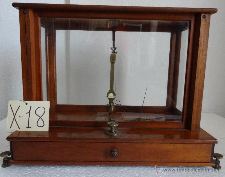 BALANZA DE PRECISIÓN SARTORIUS WERKE - 18 (Antigüedades - Técnicas - Medidas de Peso - Balanzas Antiguas)