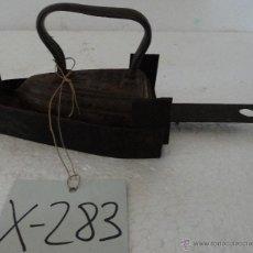 Antigüedades: PLANCHA DE HIERRO -283. Lote 43016909