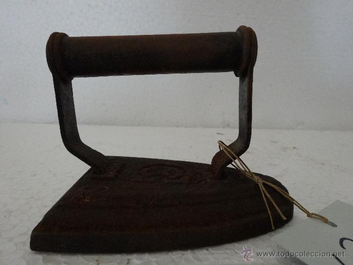 Antigüedades: PLANCHA DE HIERRO MACIZA - 281 - Foto 2 - 43016991
