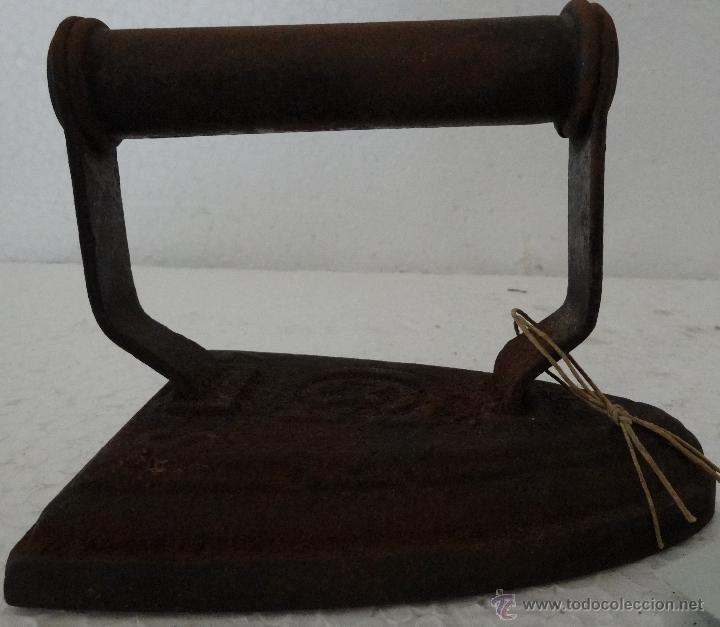 Antigüedades: PLANCHA DE HIERRO MACIZA - 281 - Foto 3 - 43016991