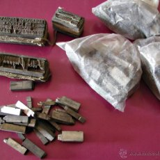 Antigüedades: LETRAS DE IMPRENTA. ANTIGUAS. LO QUE SE OBSERVA EN LAS FOTOS.. Lote 46580614