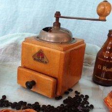 Antigüedades: VIEJO MOLINILLO DE CAFÉ MARCA PE DE DIENES. Lote 46581014