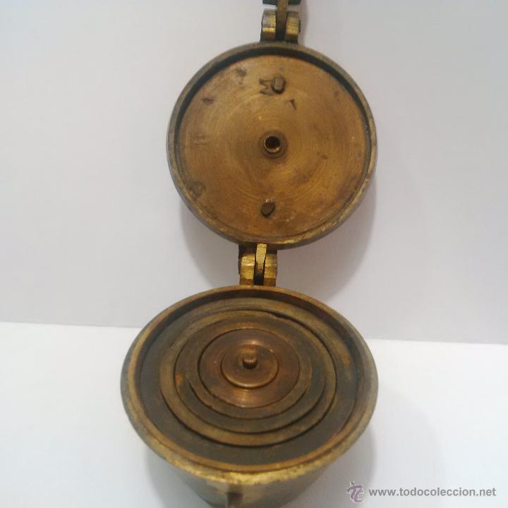 Antigüedades: ANTIGUOS PONDERALES DE BRONCE CON VASOS ANIDADOS PARA PESAR ORO -SIGLO XVIII - Foto 2 - 46612577