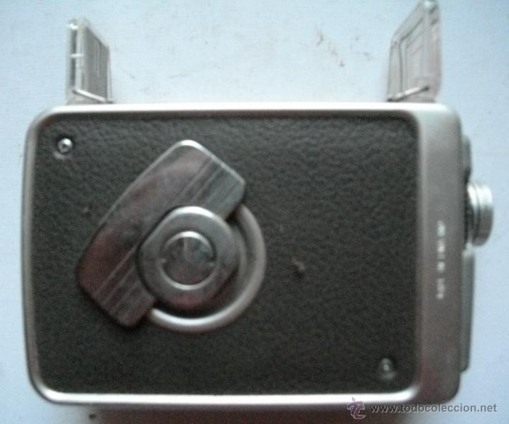 Antigüedades: ANTIGUA RARA CAMARA DE CINE A CUERDA 8 mm USA AÑOS 40/50 KODAK BROWNIE MOVIE MODELO IIA + FUNDA - Foto 3 - 46791067
