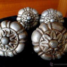 Antigüedades: CONJUNTO DE 4 TIRADORES DE BRONCE. Lote 46881613