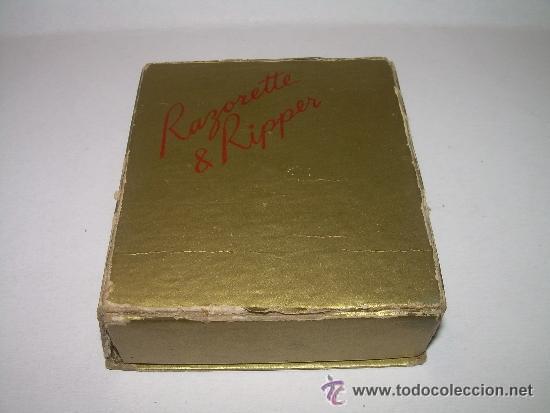 Antigüedades: ANTIGUA MAQUINILLA DE AFEITAR CON ESTUCHE DE BAQUELITA -RAZORETTE & RIPPER AÑOS 20 - Foto 8 - 46909974