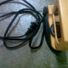 Antigüedades: ANTIGUA PLANCHA ELECTRICA REGULABLE LD-7018. Lote 46982010