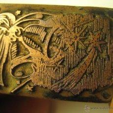 Antigüedades: IMPRENTA GRABADO GALVANO BRONCE-MADERA MOTIVO NAVIDEÑO, TAMAÑO 31X21 MM - REF. B-M 9. Lote 47130693
