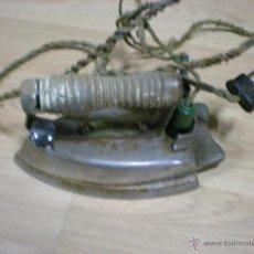 Antigüedades: ANTIGUA PLANCHA ELECTRICA. Lote 47136259