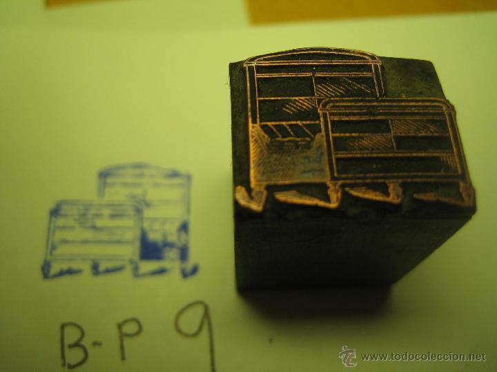 Antigüedades: IMPRENTA GRABADO GALVANO BRONCE-PLOMO - MOTIVO MUEBLES - TAMAÑO 15X10 MM - REF. BP 9 - Foto 3 - 47142316